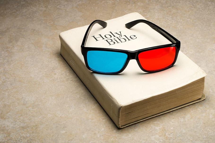 The 3D Glasses of Faith